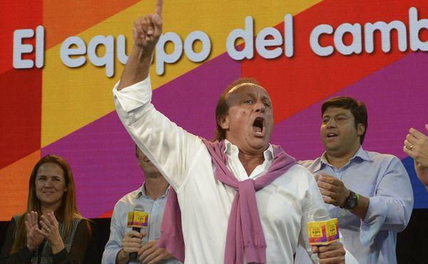 Miguel Del Sel fue el más votado y Miguel Lifschitz ganó la interna