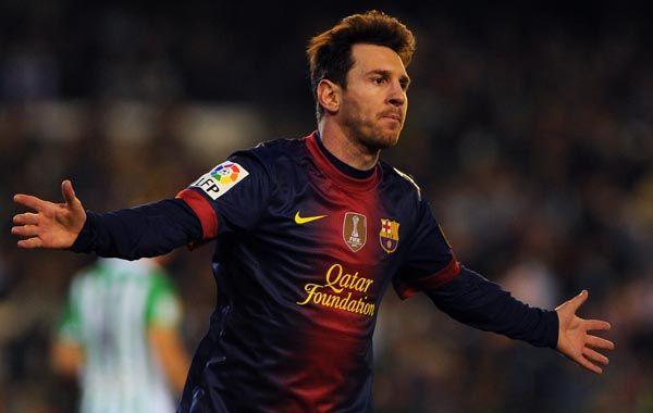 Messi no para de asombrar al mundo. Ayer hizo otro doblete en el triunfo de Barcelona ante Betis