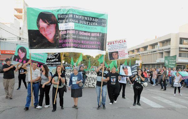 En estos dos años el padre de Paula encabezó muchas marchas en reclamo por la aparicion de su hija.