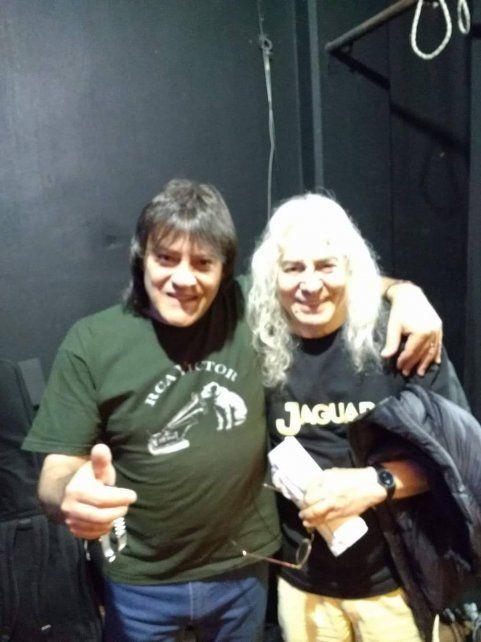 Bonzo Morelli y Rodolfo García, en la foto de la noche en que vino con Jaguar a Rosario.