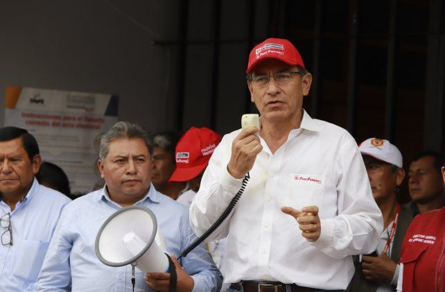 Megáfono. El presidente peruano Martín Vizcarra