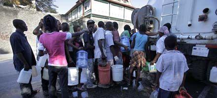 Advierten sobre las dificultades y la anarquía para llegar con ayuda a Haití