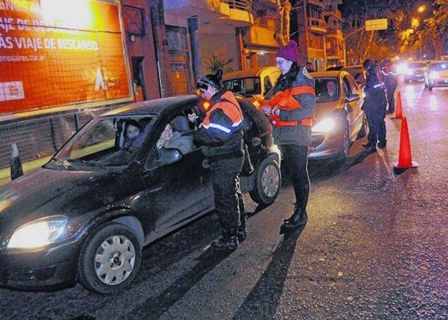 Controles. El operativo nocturno de la Municipalidad detectó diversas faltas.