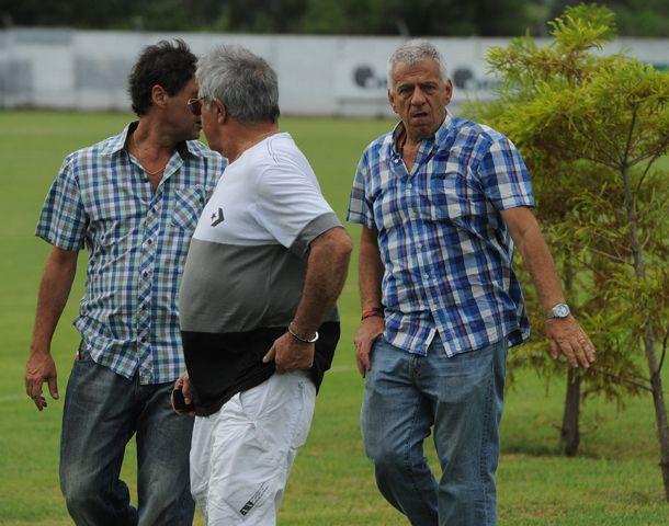 El vice Riccobelli y el presidente Lorente sufrieron ataques en sus domicilios. (Foto: Alfredo Celoria)