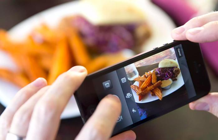 Las costumbres alrededor de la comida han cambiado debido a la explosión de la web y las redes sociales.