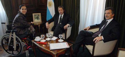 Cobos responde a Pichetto: Conspirativo es pedir la renuncia de quién goza de legalidad