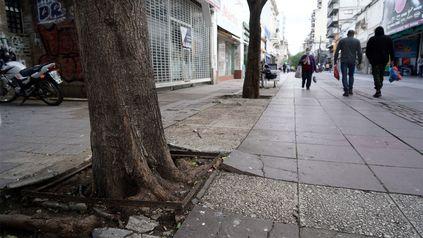 Las peatonales, con los negocios cerrados y casi vacías.