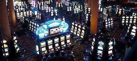 Los rosarinos no saben qué es la ludopatía y aceptan el casino