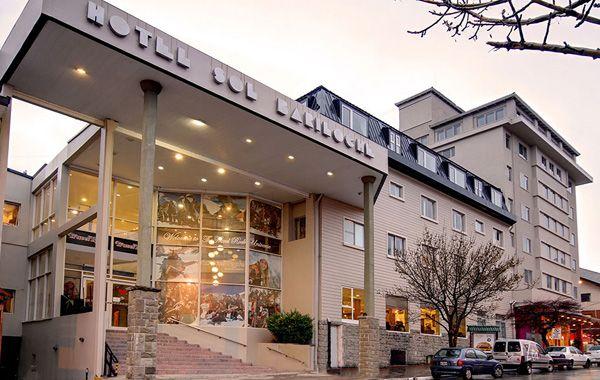 El hotel de Bariloche donde falleció la adolescente.