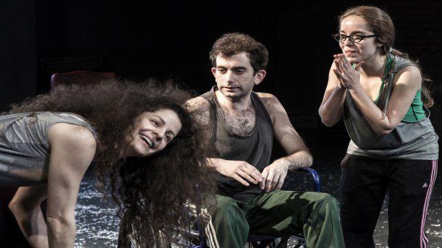 La obra formó parte de los festivales Europa+América y el Festival Internacional de Buenos Aires.