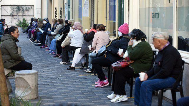 Cuarentena en Rosario: qué pasará con los bancos y los turnos médicos