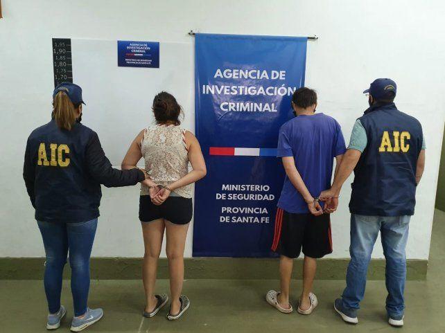Las detenciones y el secuestro del dinero se hicieron en pasaje Franklin al 7800 de Rosario.