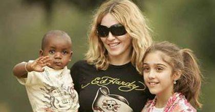 Madonna comparece ante corte de Malawi tras intento de adopción de una nena