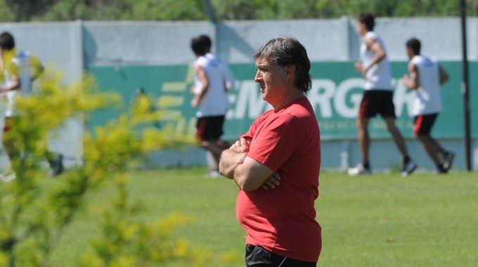 Martino mira el horizonte. La Copa es uno de sus grandes desafíos.
