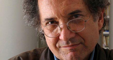 Piglia ganó el Rómulo Gallegos por su novela Blanco nocturno