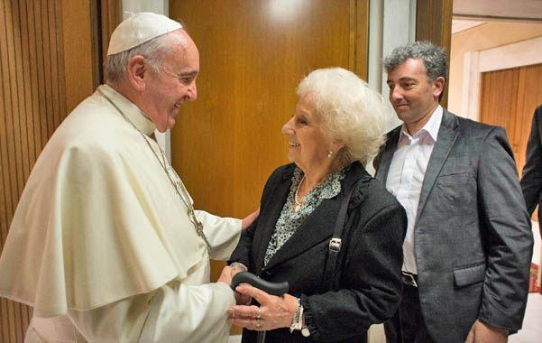 Francisco recibió ayer en una audiencia privada a la presidenta de Abuelas de Plaza de Mayo.
