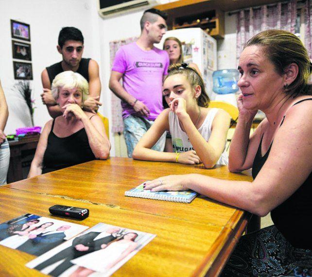 tristeza. La familia de Aníbal Pontel criticó a la línea de transporte.