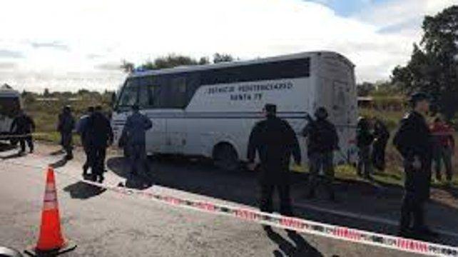 Los nueve fugados del minibús del Servicio Penitenciario fueron recapturados.