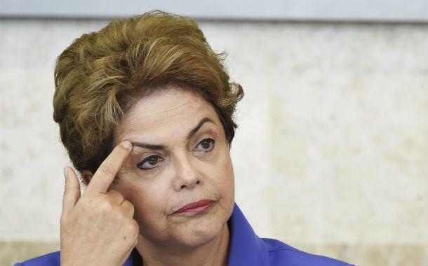 Cercada. La presidenta de Brasil avanzó con el ajuste pero el mercado pide más. Tuvo su peor semana política.