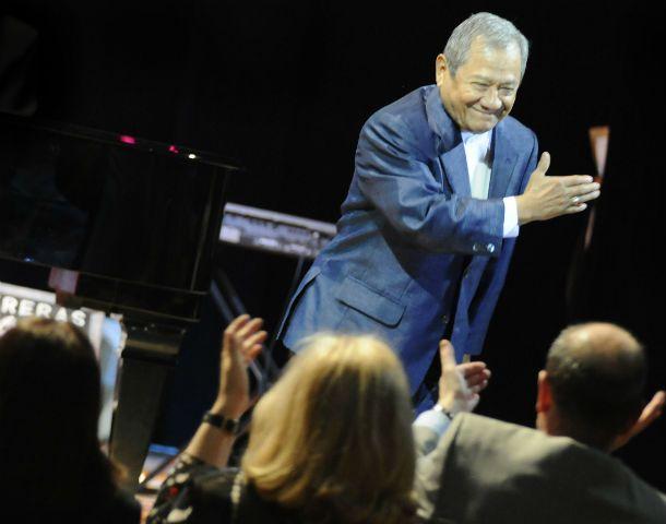 Maestro. Manzanero compuso temas que cantaron Sinatra y Julio Iglesias.