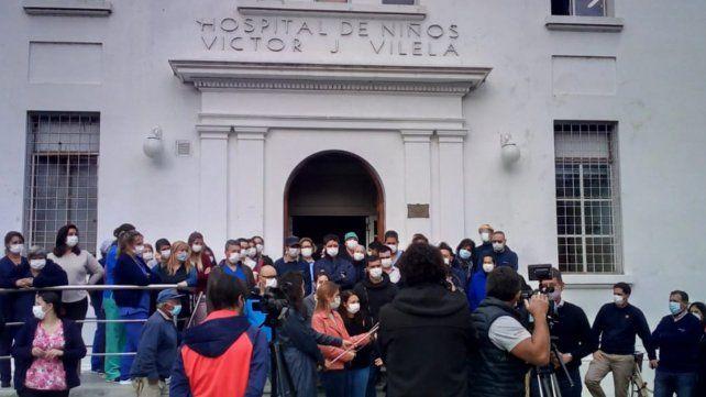 Los trabajadores del Hospital Vilela denunciaron numerosos hechos de violencia y reclamaron seguridad.