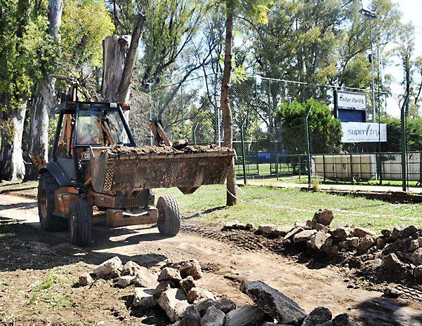 Avanzan los trabajos de recuperación y puesta en valor de ese sector del parque Independencia. (Virginia Benedetto / La Capital)