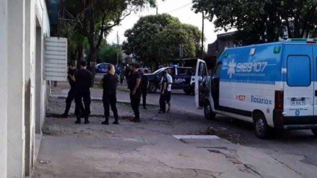 En el lugar intervinieron efectivos policiales y una ambulancia del Sies.