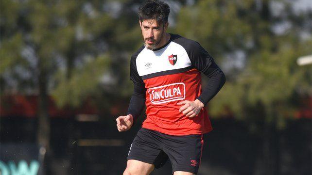 Pablo Pérez deberá estar inactivo algunas semanas tras sufrir un desgarro.
