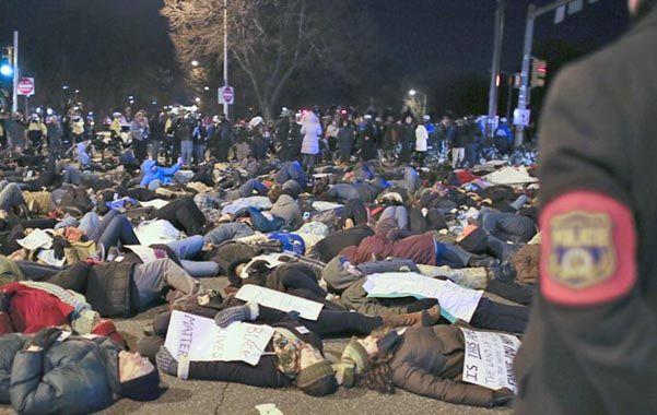 protesta. Una de las marchas contra la muerte de negros a manos policiales.
