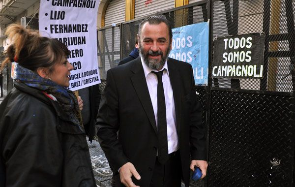 Campagnoli se presentó a la frustrada audiencia y habló ante los manifestantes que lo apoyan. (foto: archivo)
