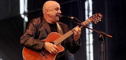Día de Rosario: Juan Carlos Baglietto actuará esta tarde en el Monumento