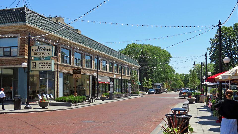 Oak Park es un encantador suburbio residencial ubicado al Oeste de Chicago.
