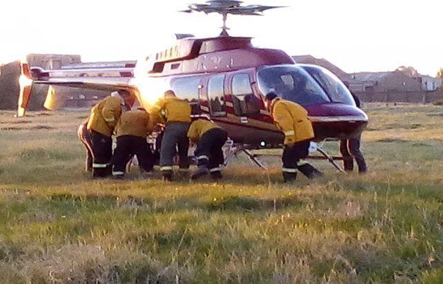 Helicóptero. Al utilizar el helibalde se pudo agilizar el apagado.