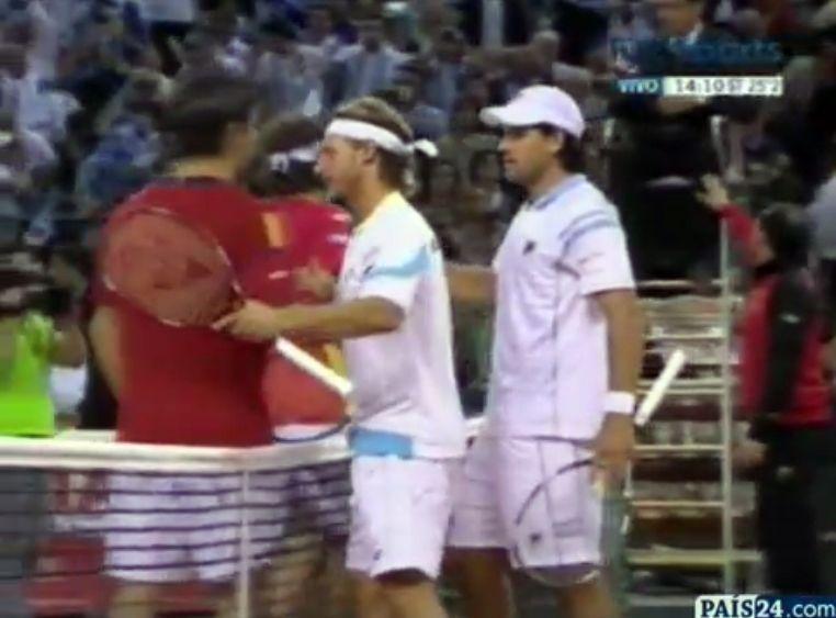Nalbandian y Schwank ganaron el dobles y abrieron una esperanza para Argentina