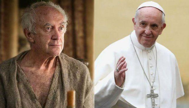 Pryce (izquierda) ostenta un llamativo parecido físico con el Papa Francisco.