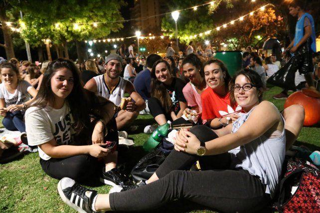 El último picnic nocturno del año llega al Mercado del Patio