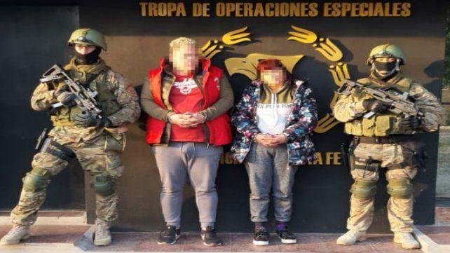 Ramona Elvira A. y Claudio Ezequiel E. fueron apresados ayer a la madrugada en la casa de una mujer que cumple prisión domiciliaria.