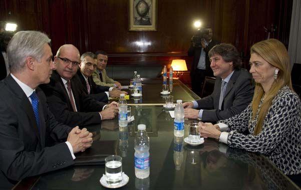 El anuncio. Los directivos de Arcelor Mittal presentaron detalles de la inversión al vicepresidente Amado Boudou.