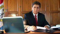 Pirola es senador por el departamento Las Colonias.