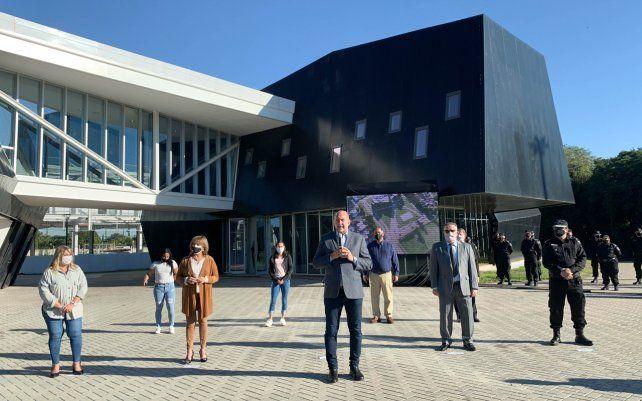El gobernador Omar Perotti recibió el final de obra del Centro de Operaciones Policiales (COP)