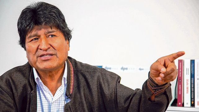 en campaña. Morales está en Buenos Aires desde el jueves pasado. No podrá presentarse en las elecciones.