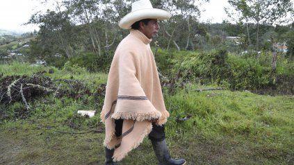 Pedro Castillo hace campaña este jueves en el interior del Perú.