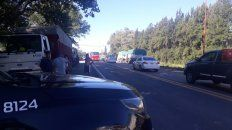 transportistas: levantan cortes en las autopistas pero siguen en las rutas
