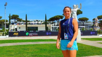Nadia Podoroska en el Foro Itálico Romano, en la previa de un torneo que le deparó enfrentar por primera vez a Serena Williams.