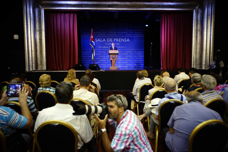 anuncios.  El canciller Bruno Rodríguez dio a conocer las novedades en una flamante sala de prensa de La Habana.