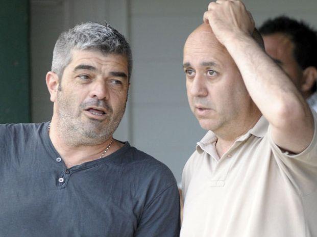 Sergio Boscariol (izquierda) renunció al cargo de vocal luego de la pelea en el palco.