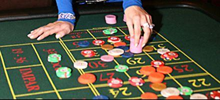 El Casino de Santa Fe debutó con un intento de estafa y dos detenidos