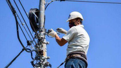 Telecom informó que la interrupción fue causada por el incendio en una vivienda registrado este viernes por la tarde.
