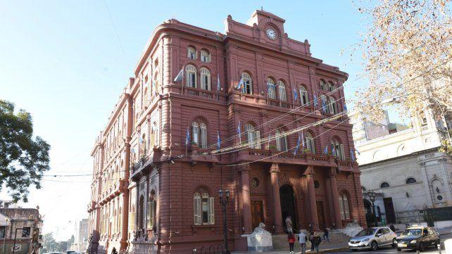 Rosario cierra las escuelas municipales, los cines y el casino