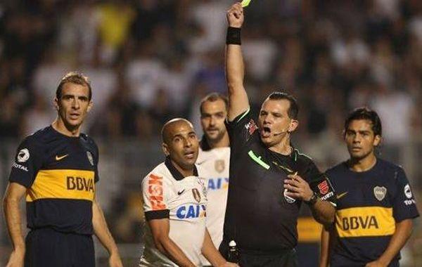 El paraguayo Carlos Amarilla en el partido entre Boca y Corinthians por la Libertadores